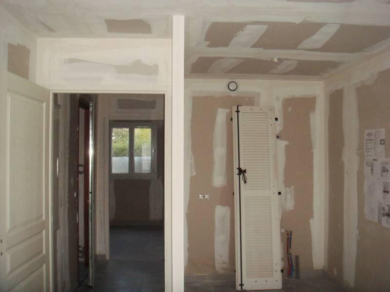pose de plaques de pl tre plafonds et murs sur aix en provence r novation et agencement d. Black Bedroom Furniture Sets. Home Design Ideas